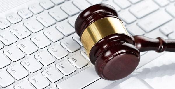 شرایط و قوانین استفاده از سرویسها و خدمات وب سایت