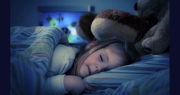 راهکاری مناسب جهت خوب خوابیدن نوزاد/ گیاهی موثر در بهتر خوابیدن کودک